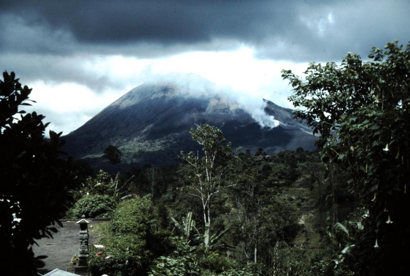 2-volcan-sacre