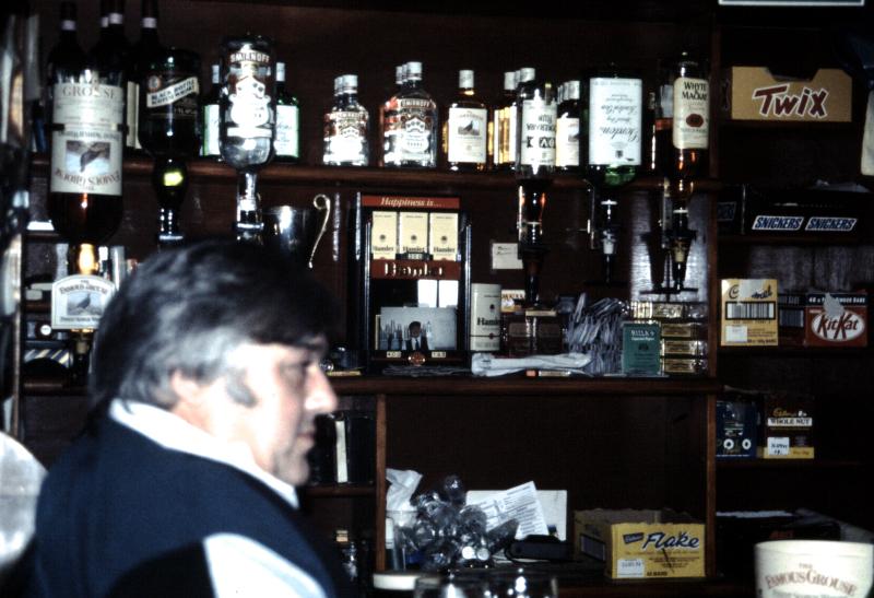 10-plockton-pub