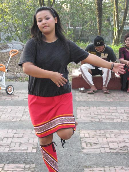 27-danse-thao