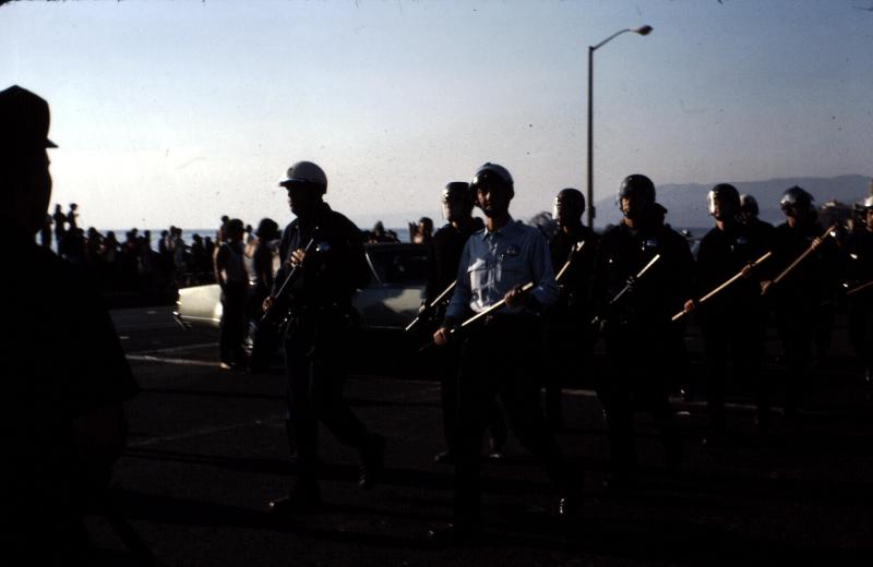 13-san-franciscodescente-de-police-a-la-plage-jpg