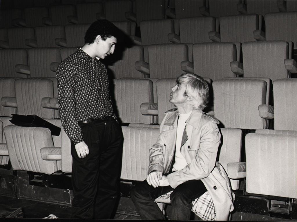 A la MC 93, Bobigny, le chanteur Karim Kacel et Jacques Erwan, le 23 novembre 1984 - D.R.