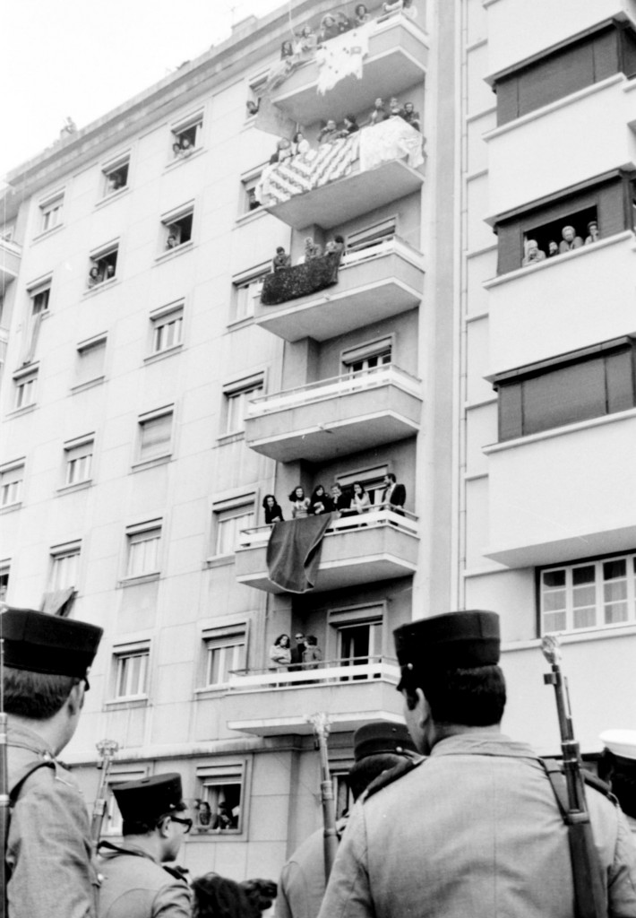 1er Mai 1974 à Lisbonne © J. Erwan